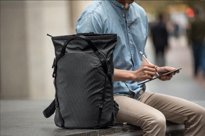 Peak Design Everyday Tote pack