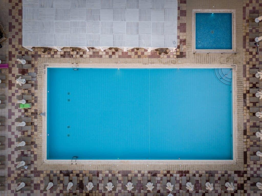Zwembad foto met drone